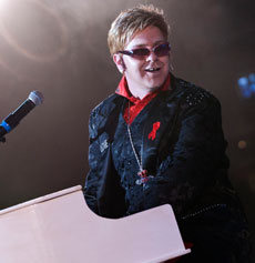 <h5><strong>Elton John</strong></br>Jimmy Love</h5>